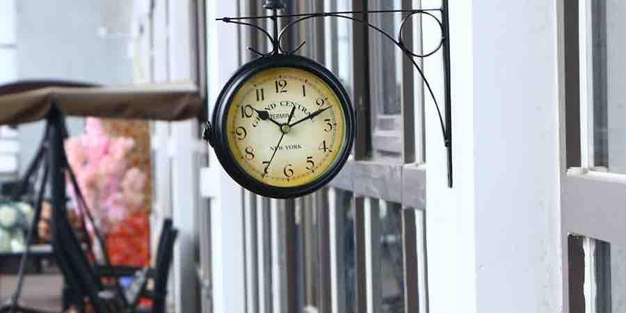 Relojes tipo estación de tren