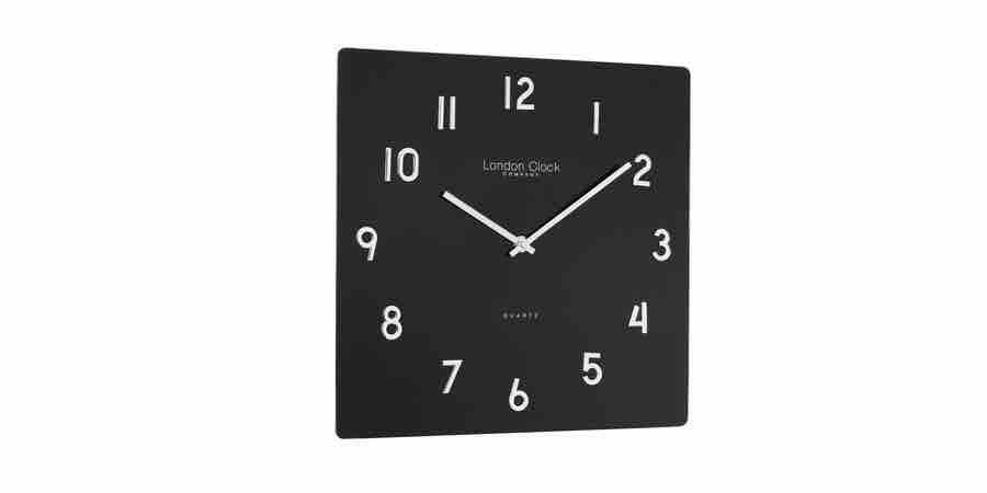 Reloj de pared cuadrado