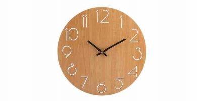 Relojes de pared en madera