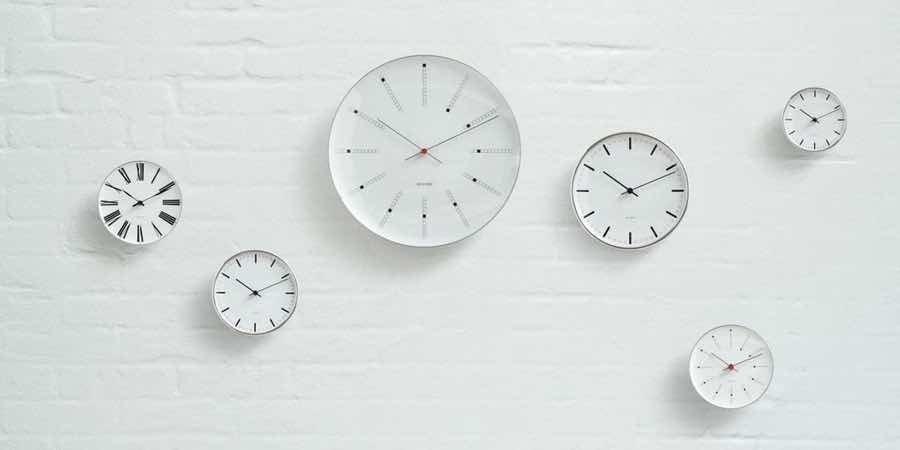 relojes de pared del sueco Arne Jacobsen