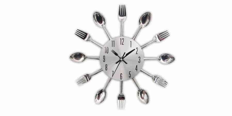 reloj de cocina leroy merlin, reloj de cocina silencioso, amazon reloj pared cocina, mejores marcas de relojes de pared, precio de reloj de pared, leroy merlin reloj pared, tiendas de relojes de pared, relojes de pared clásicos, Reloj blanco con efecto envejecido de metal gris, reloj de metal cobrizo, relojes y despertadores